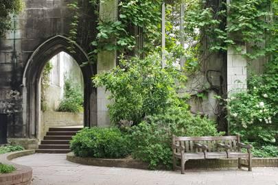 Saint Dunstan in the East Church Garden, City of London
