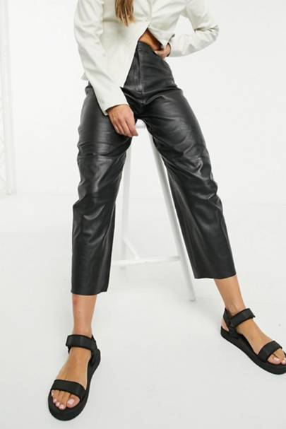 Leather trousers: the straight leg pair