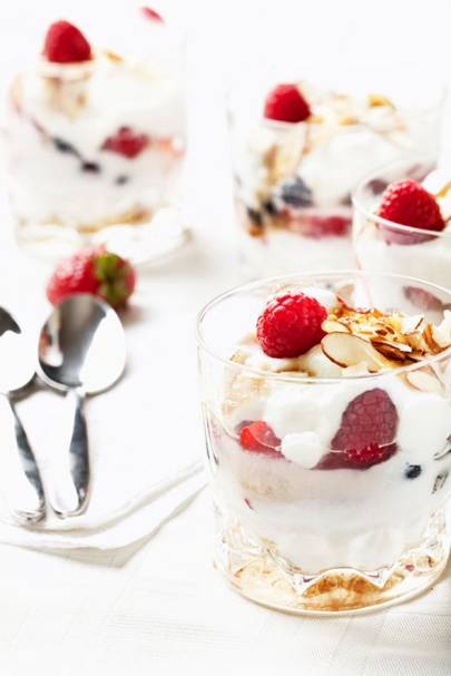 Greek Yogurt, Berries & Almonds With Honey