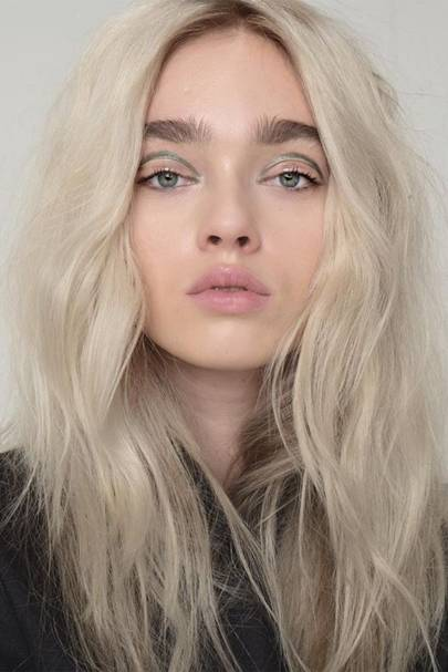 High Neutral hair