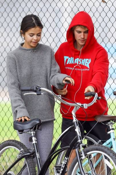 Who is justin bieber hookup november 2018