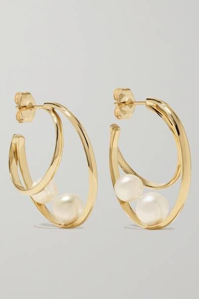 BEST GOLD HOOPS: WITH PEARLS