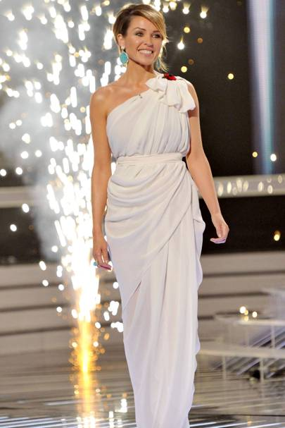 Dannii Minogue – Gorgeous is Grecian