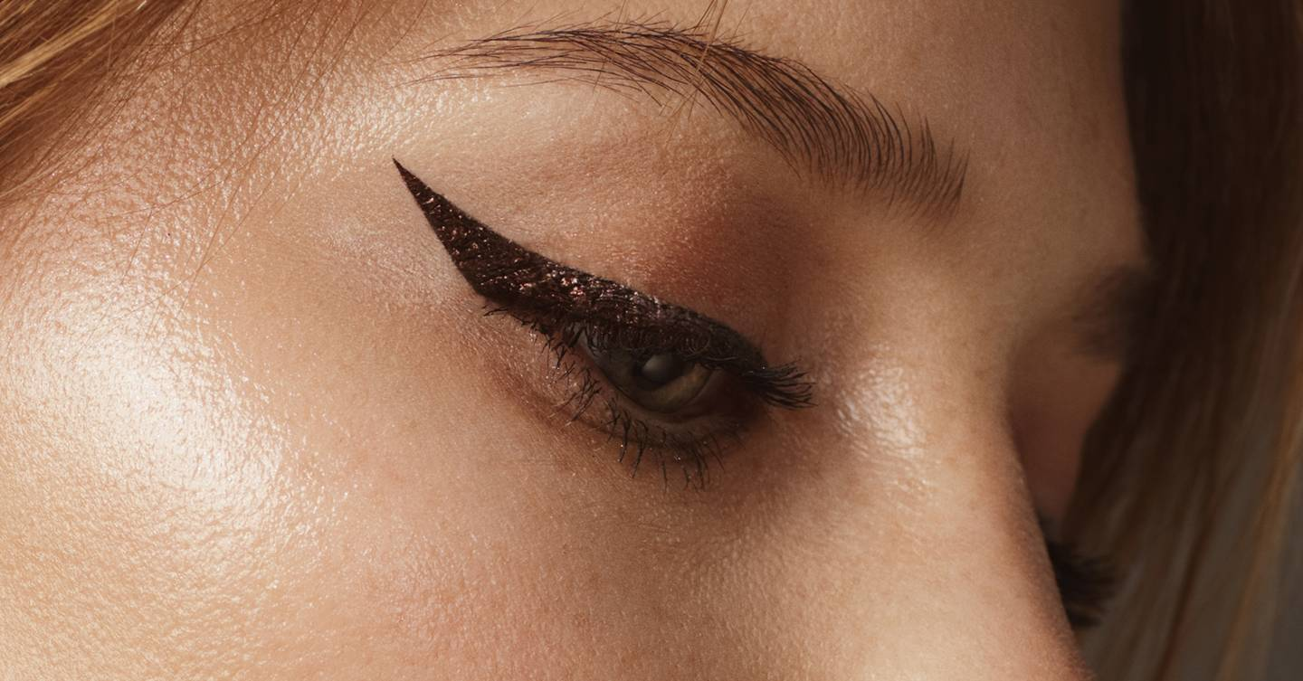 This very extra hack for achieving the perfect winged liner with zero smudging is going viral, so we got the expert verdict