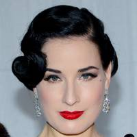 DO #4: Dita Von Teese's 20s coiffed hairstyle - November