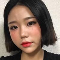 Hangover Makeup