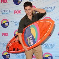 Zac Efron at the Teen Choice Awards 2012