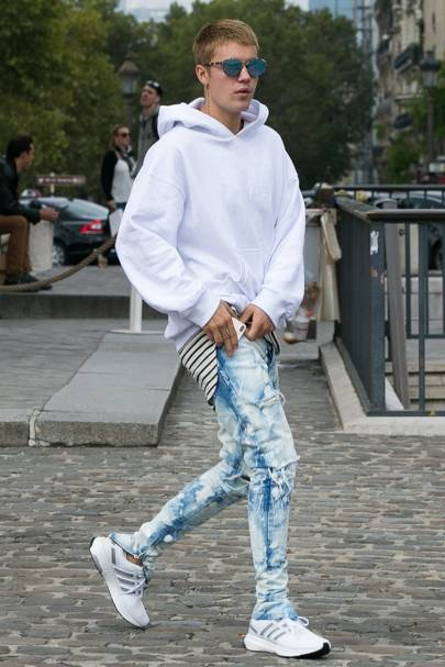 5ft 9in: Justin Bieber