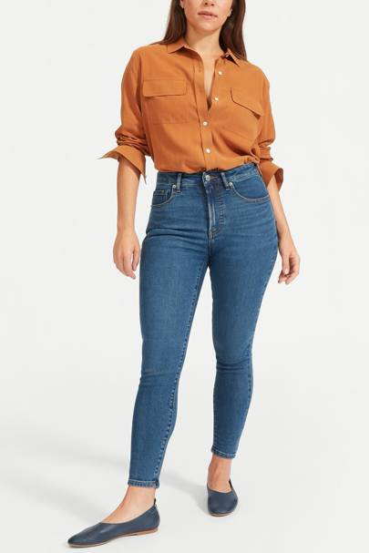 Best Jeans For Curvy Women: Everlane Jeans