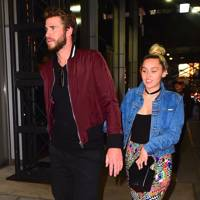 Miley Cyrus And Liam Hemsworth Relationship Wedding News Glamour Uk