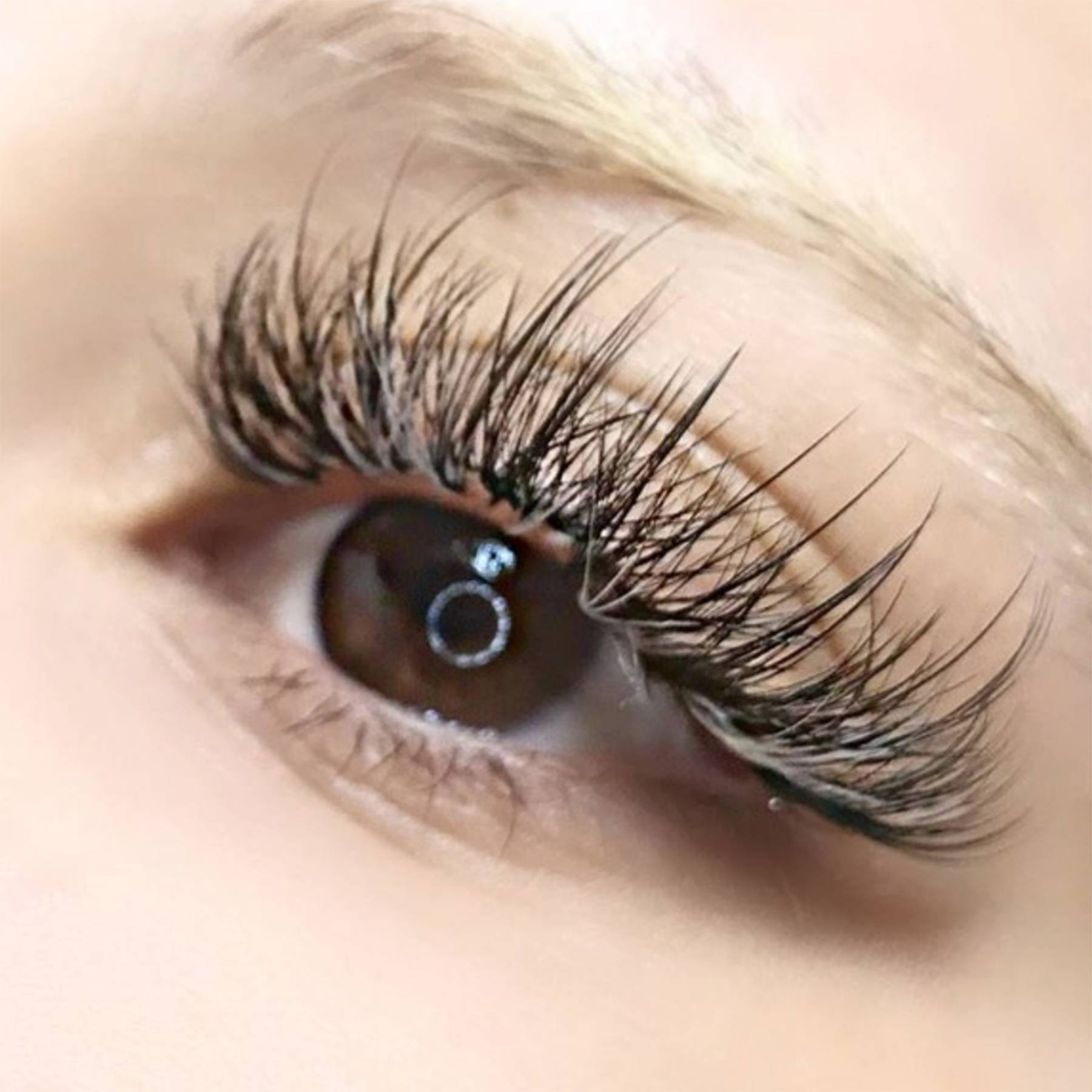 Eyelash Growth Tips And Tricks To Boost Eyelashes Glamour Uk