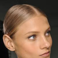 TREND: The Perfect Chignon by Asgar