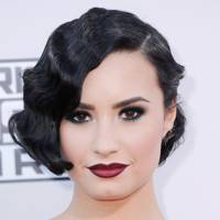 Demi Lovato's vampy retro look