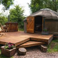 Best luxury glamping with hot tub