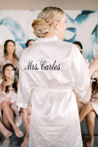 Bridal robes: the customisable robes