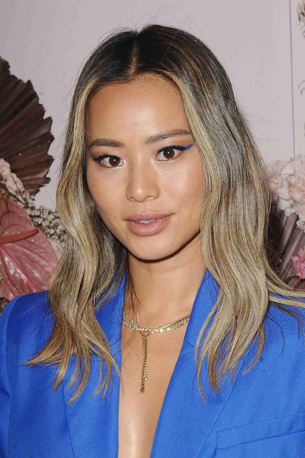 Gorgeous Brown Hair With Blonde Highlights Inspiration For