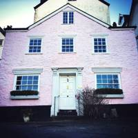 The Pink House, Dartmouth