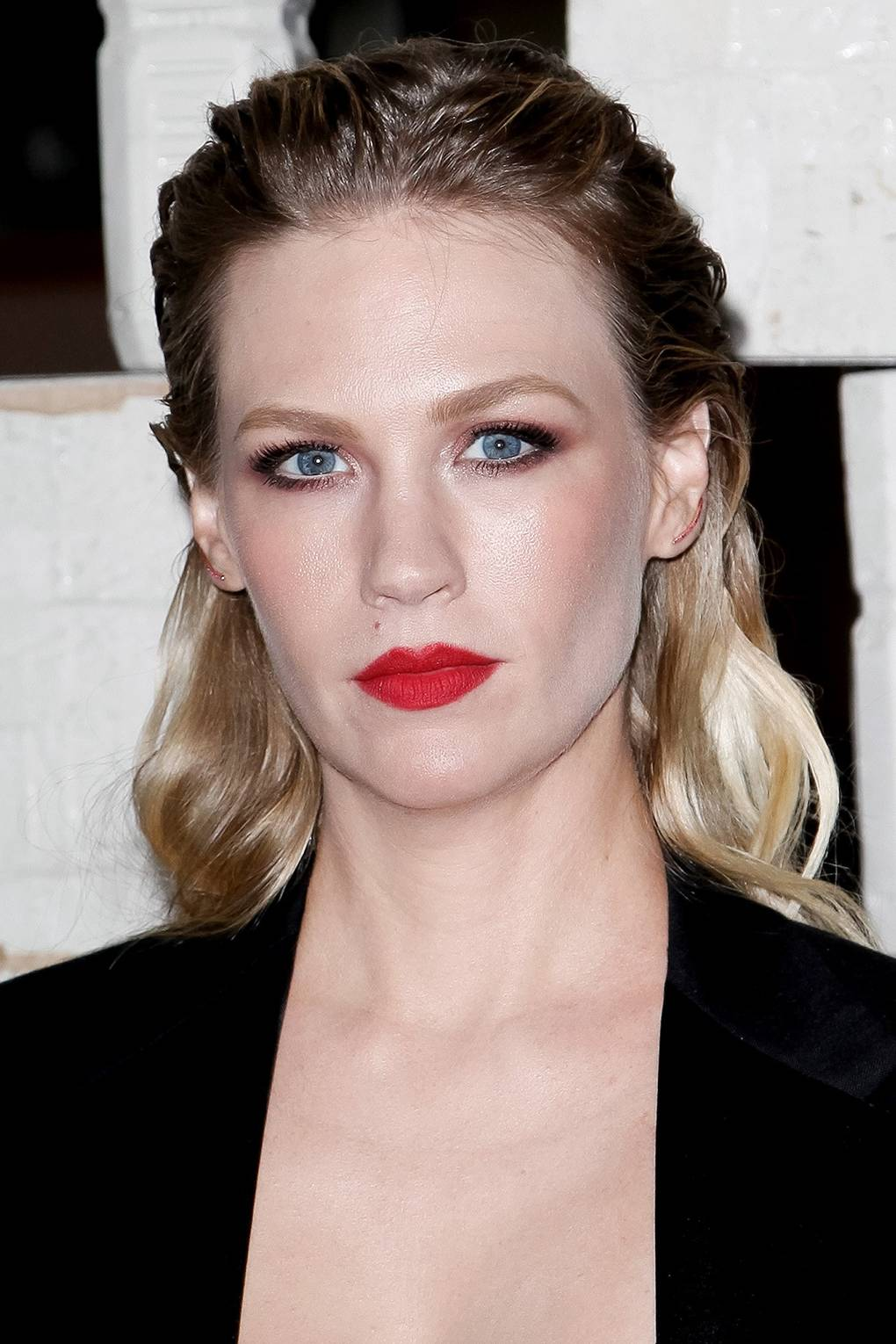 Celebrities Wearing Red Lipstick: Best Red Lips Makeup Shades ...