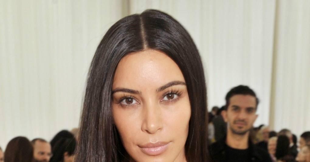 Kim Kardashian No Makeup Wearing A Bare Face At Balenciaga Show - Kim-k-without-makeup