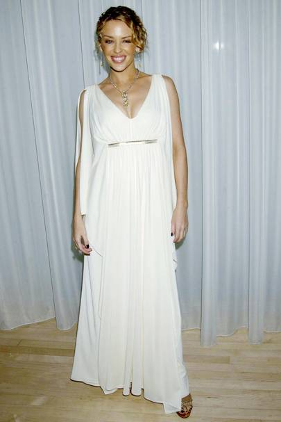 Kylie Minogue – Gorgeous in Grecian