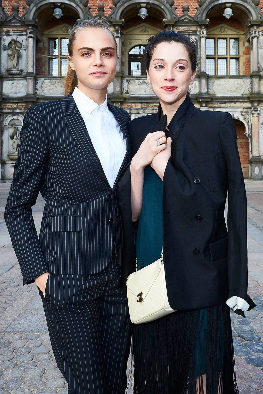 St vincent and cara delevingne dating list