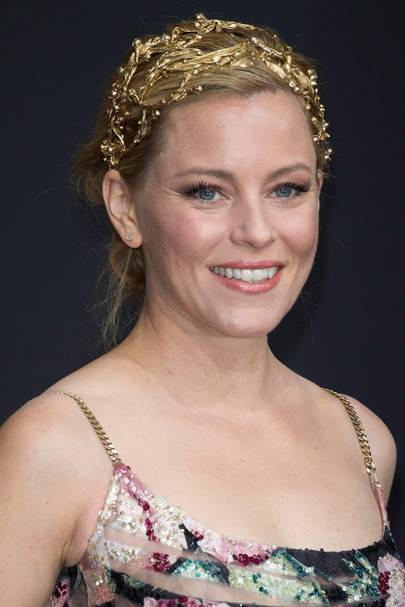 Elizabeth Banks' gold hair crown