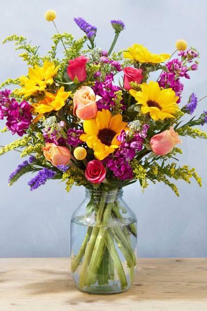 Best floral housewarming gift