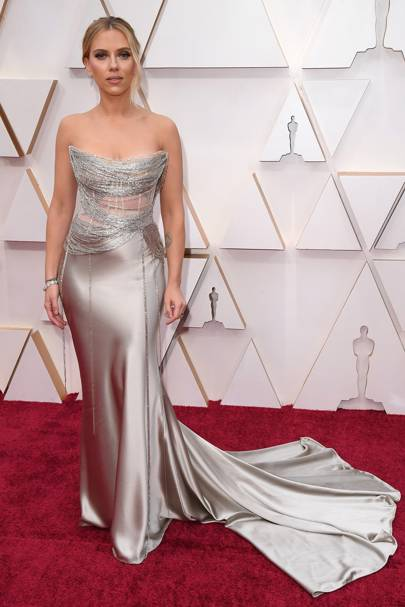 Scarlett Johansson in Oscar de la Renta at the Oscars