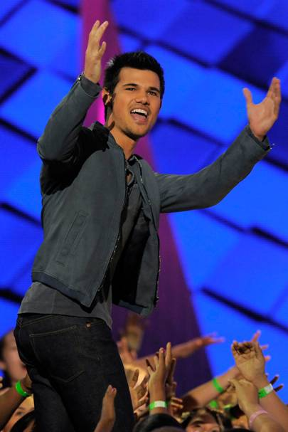 Taylor Lautner at the Kids' Choice Awards 2012