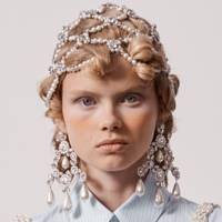 Victoriana curls at Simone Rocha