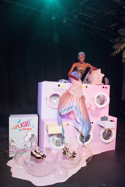 THE SET: Sophia Webster's underwater laundromat