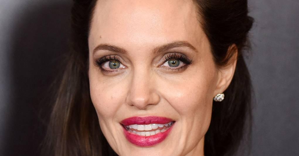 Angelina jolie desnuda foto video photos 89