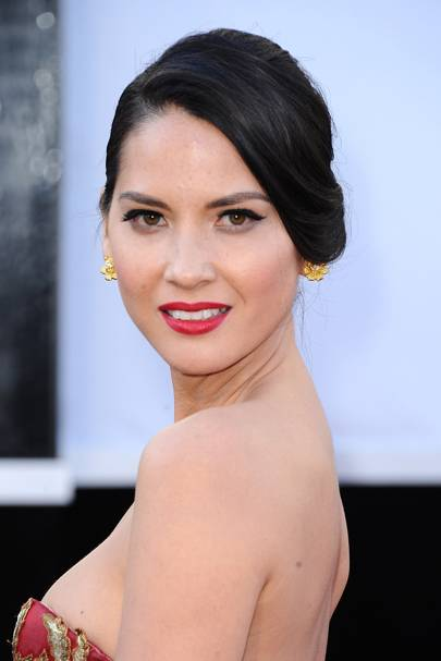 Best Retro Beauty: Olivia Munn