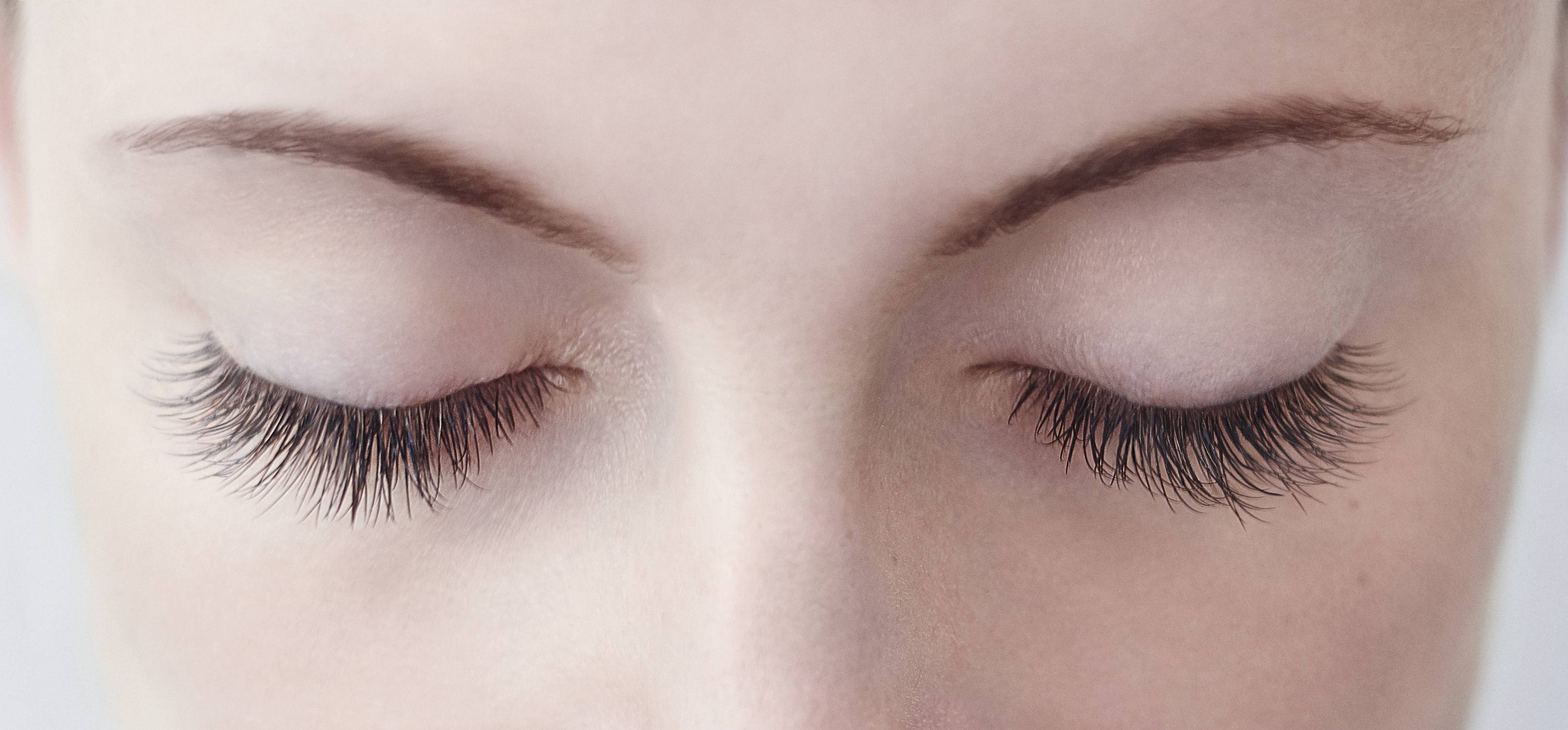 Eyelash Extensions Dos And Donts For Amazing Eyelashes Glamour Uk