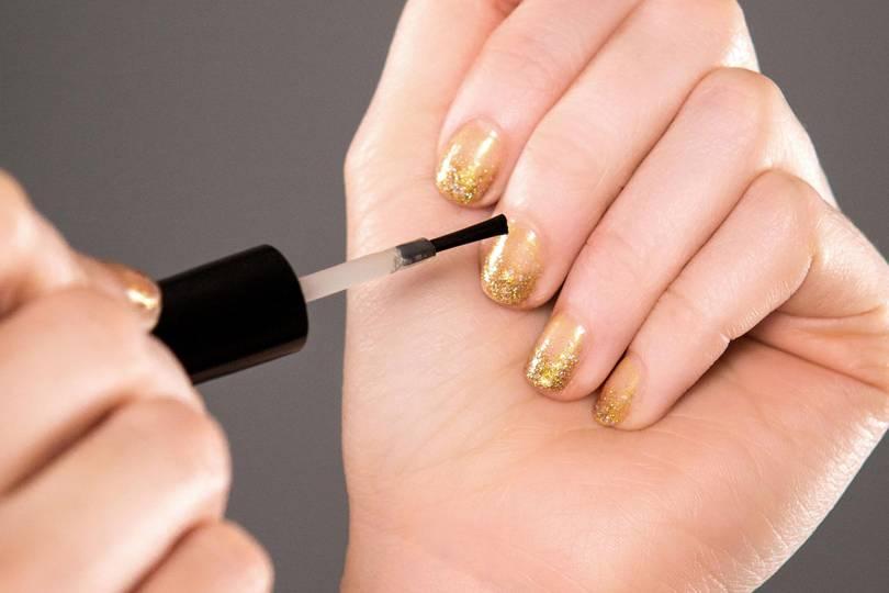 Prosecco nail polish - edible nail art   Glamour UK