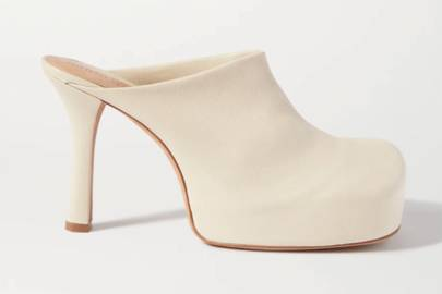 UGLY SHOES: HEELED MULES