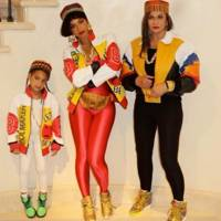 Beyoncé and Blue Ivy as Salt-N-Pepa