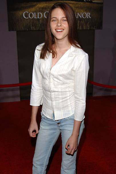 0b49a29420c It was another dress-down day at the premiere of Cold Creek Manor in 2003.  At a tender 13 years old, Kristen was already eschewing dresses and carving  her ...