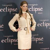 DON'T #1: Ashley Greene at an Eclipse promo, June