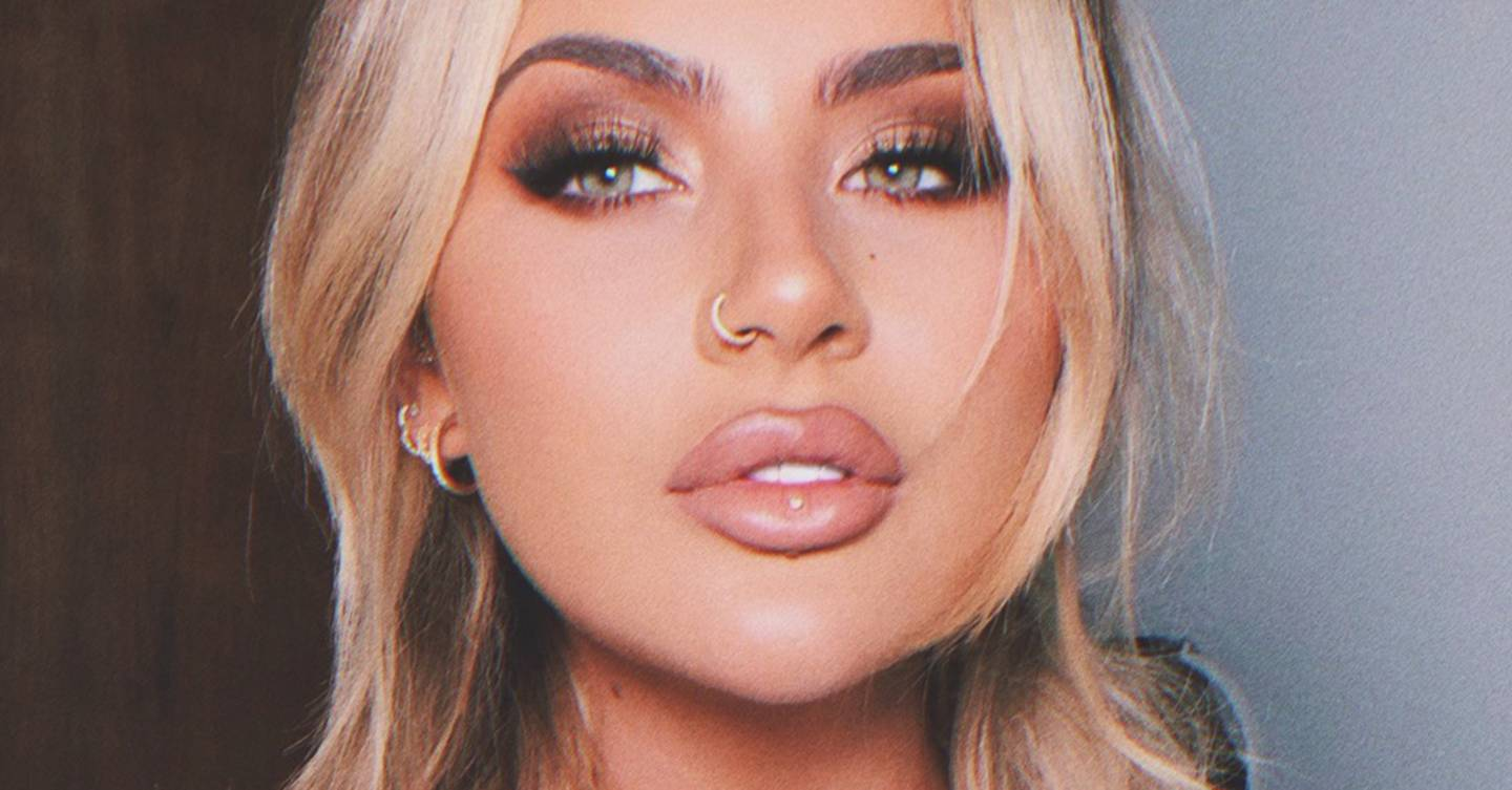 These unseen photos of Jamie Genevieve's wedding day will inspire you to do your own bridal makeup