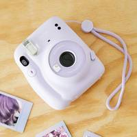 Best travel gifts: the polaroid camera