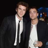 Liam Hemsworth & Robert Pattinson