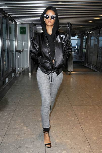 Rihanna – Airport Runway