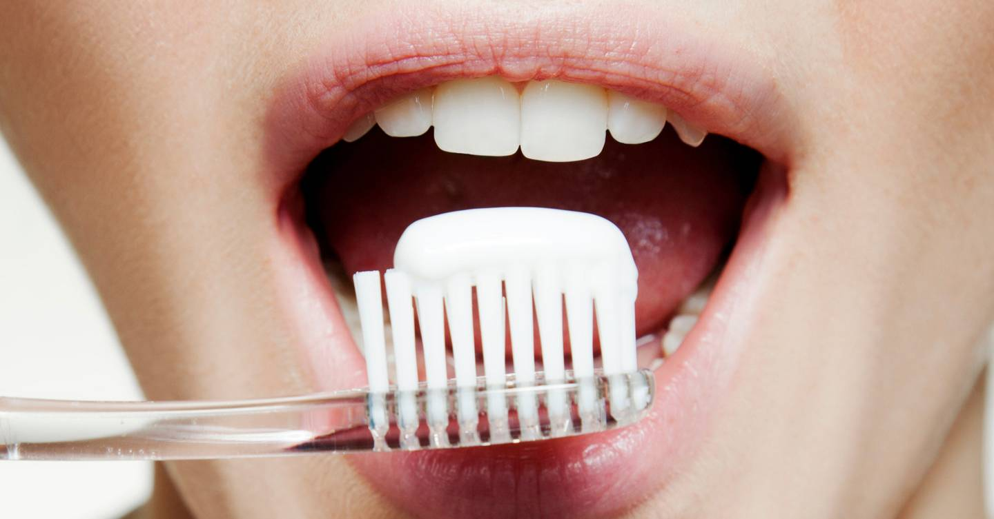 The Best Teeth Whitening Toothpastes For Bright Smiles Glamour Uk