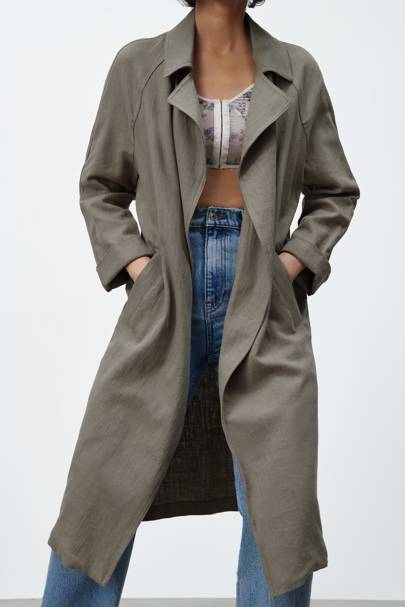 TRANSITIONAL SPRING JACKETS 2021: LINEN TRENCH