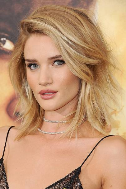 Rosie Huntington-Whiteley's lob