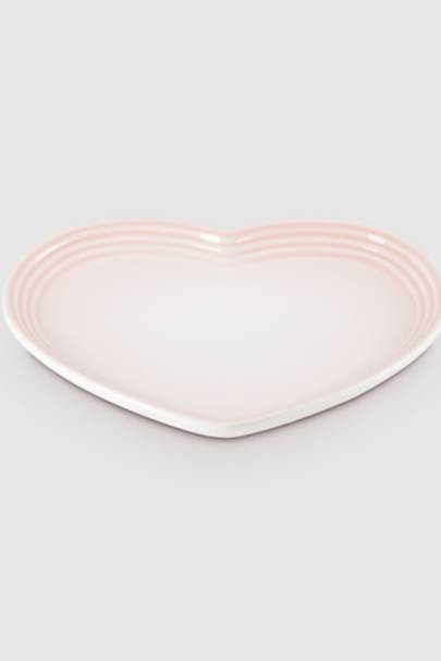 Unusual Valentine's Gifts: the heart-shaped plate