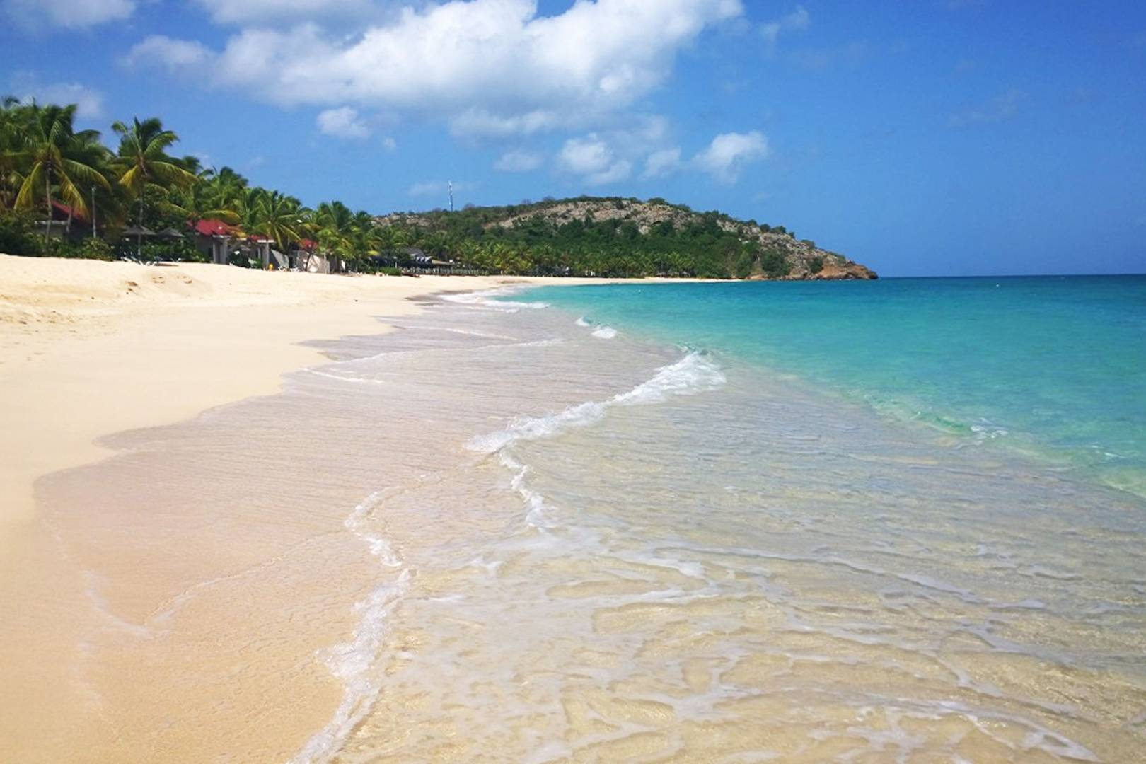 Travel Galley Bay Antigua The Most Relaxing Beach In Caribbean Glamour Uk