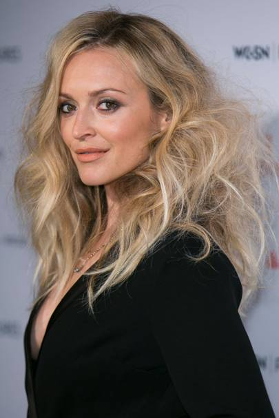 c781b270e92 Woah - Fearne Cotton shows how to wear your tousled waves with an extra  dose of volume. We love!