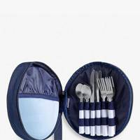 The picnic crockery set